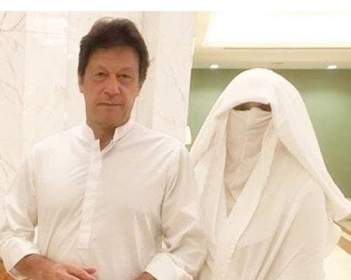 Bushra Manika, Imran Khan