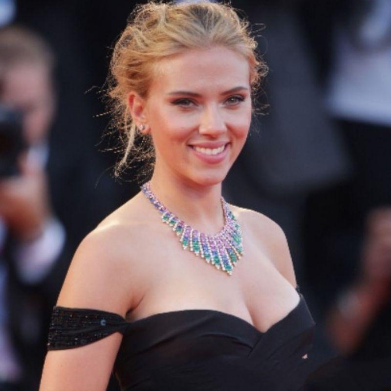 Scarlett Joh